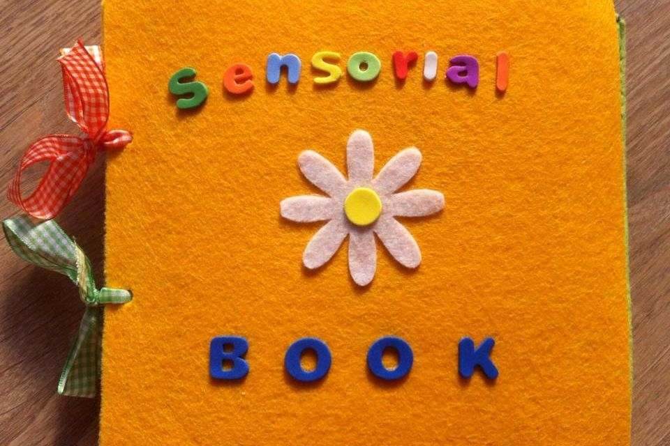 Libri Tattili. Come costruirli con i bambini