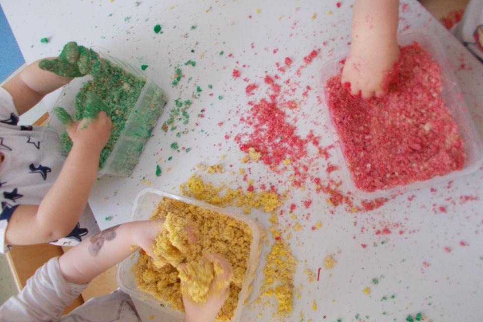 il colore tra le mani